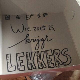 Zijn jullie lief geweest dit jaar? Gister hebben heel veel zoete kindjes een Sinterklaasbox opgehaald! 😇 Vandaag zijn we weer open tot 15.00 uur. Voor een warme choco met slagroom bijvoorbeeld?