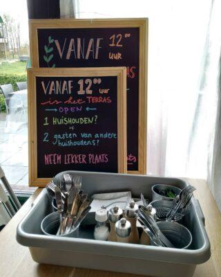 Wij zijn open! Vanaf 12.00uur kan je plaats nemen op ons terras, maar tot die tijd kun je het lekker meenemen🎉